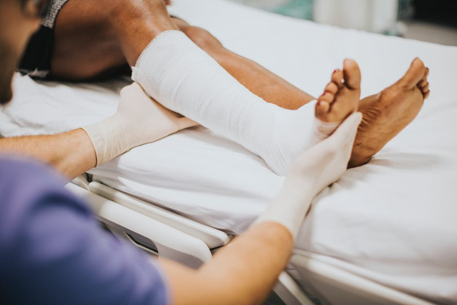 7 Signs It's Time To See A Podiatrist For Your Ankle Pain
